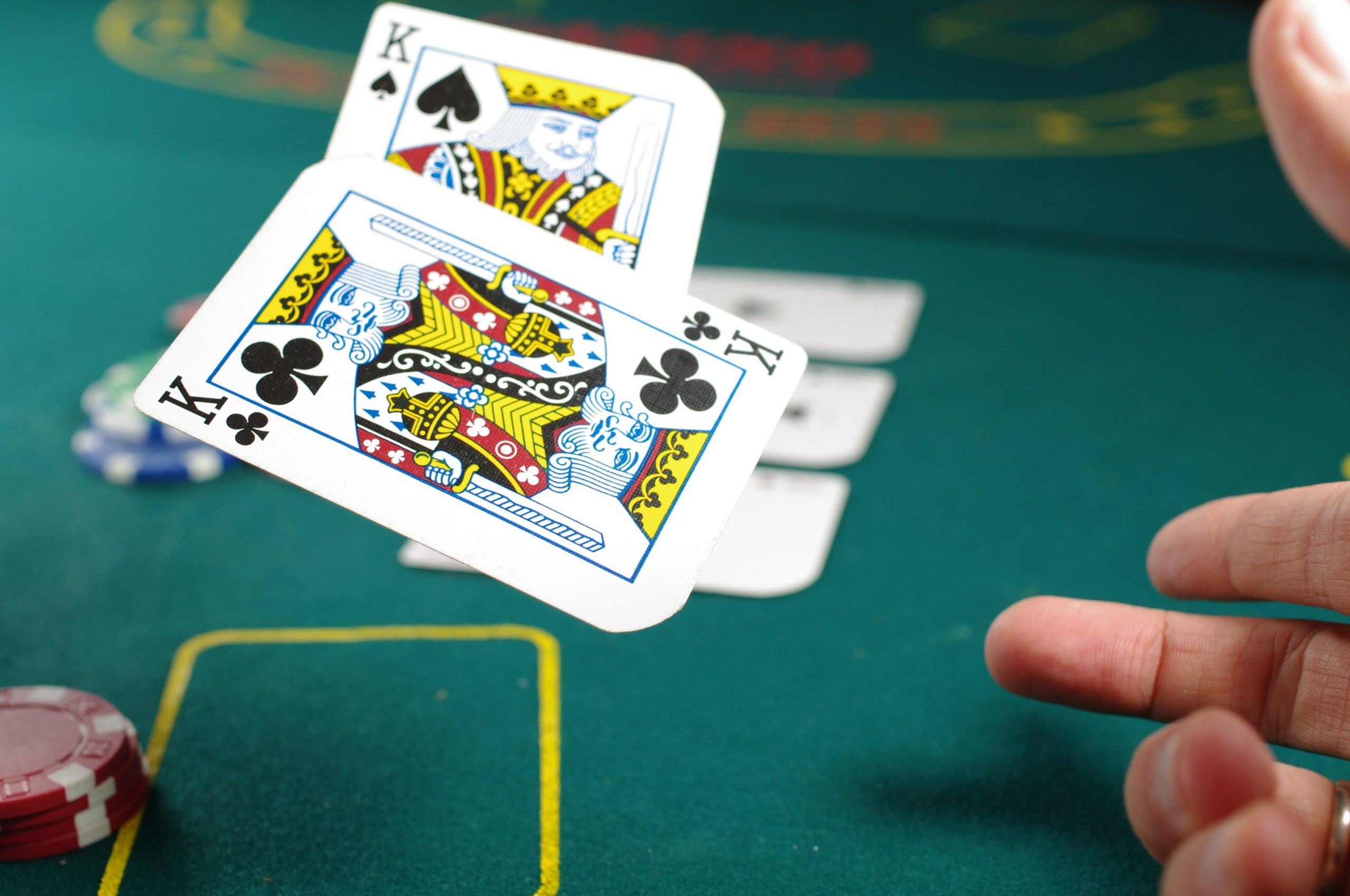 Qq poker online – Easy To Understand And Wise To Place Bets!